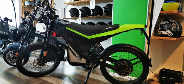 Ausstellungsfahrzeug! ELMOTO LOOP das E-Moped mit 37Ah und 2kW Radnabenmotor