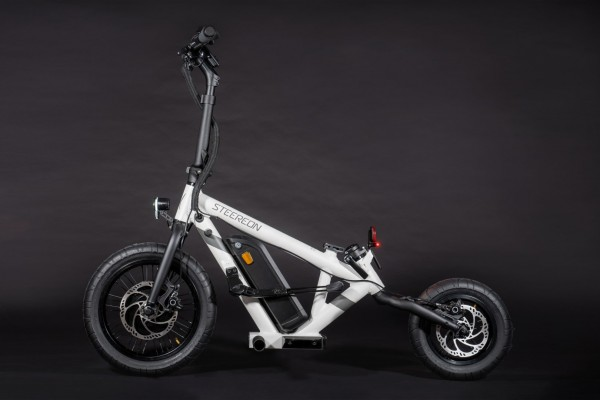 PRESALE! Steereon C20 - eKFV Version - 20km/h - Helmfrei - Hybrid E-Scooter - Made in Germany